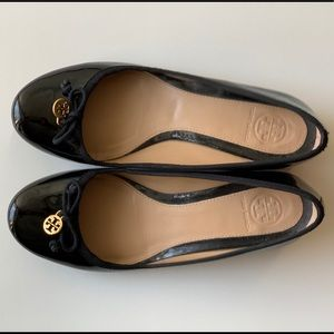 Tory Burch Shoes - Tory Burch Black Patent Pumps Heels size 6M